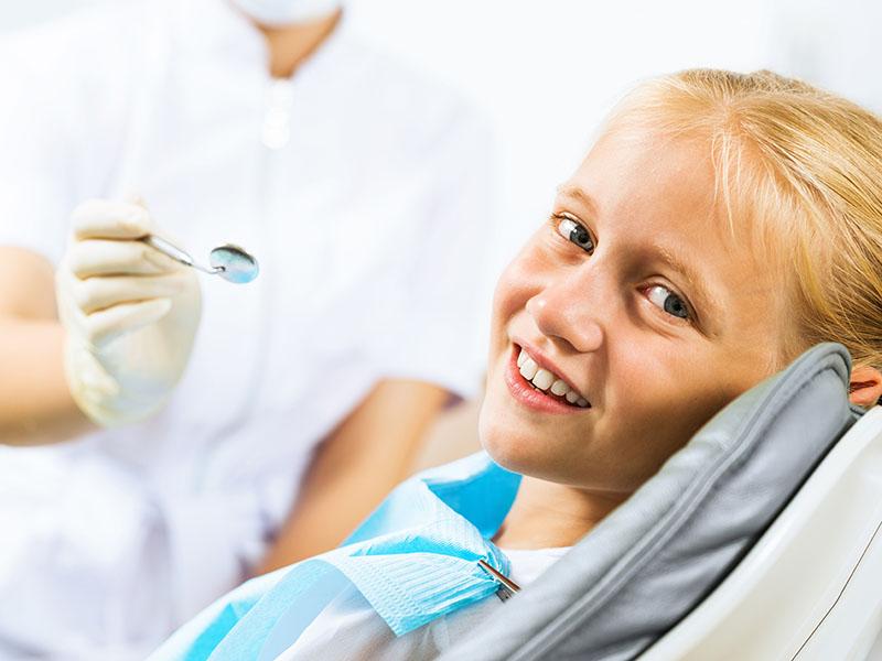 Kinderzahnheilkunde, Angstpatienten, Angst vorm Zahnarzt, Zahnerhaltung, Karies, Zahnersatz, Prophylaxe, Zahnarzt, Zahnheilkunde, Klammer, Brücke, Krone, Zahnarzt in Kerpen